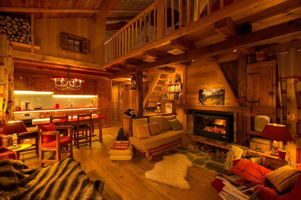 Amenagement interieur maison en bois for Decoration de chalet
